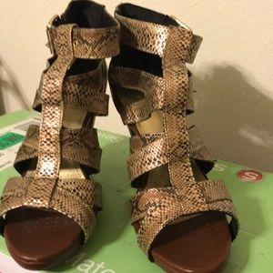 Unable to wear heels